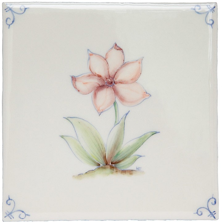 Polychrome Delft Flower 4