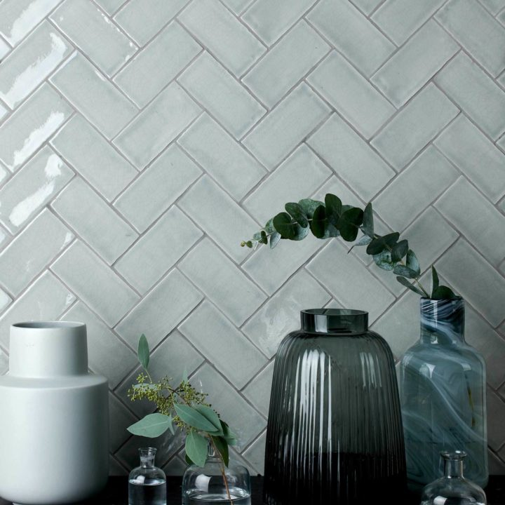 Tiles that sing: Discover the secrets behind crackle glazed tiles
