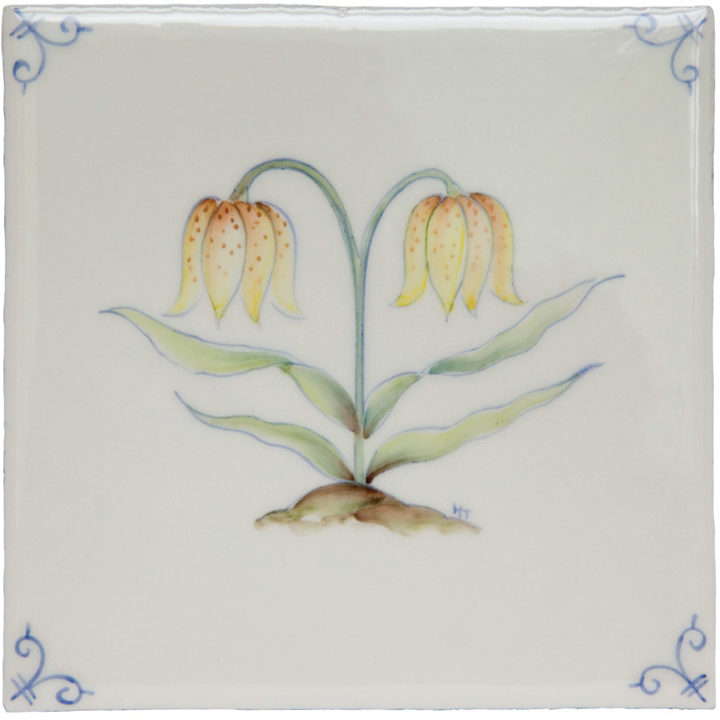 Polychrome Delft Flower 3