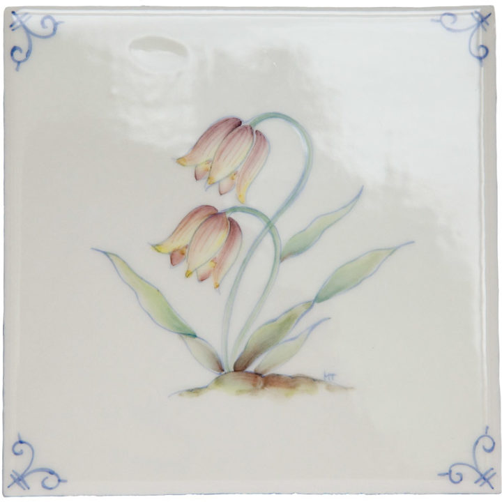 Polychrome Delft Flower 5